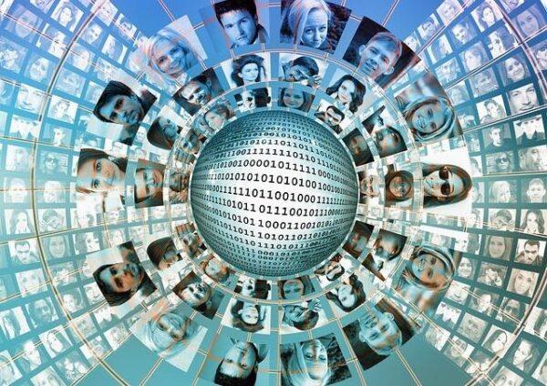 top-5-reseaux-sociaux-verticaux-curieux-agence-web-nantes-fair